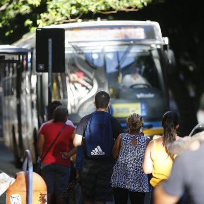 Alegando falta de tempo para adequações, prefeitura adia novas regras para transporte público em Porto Alegre