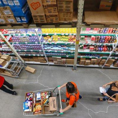 Atacarejos viram opção para consumidor na pandemia