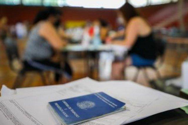 Inscrições para vagas emergenciais na Smed terminam hoje<!-- NICAID(14705938) -->