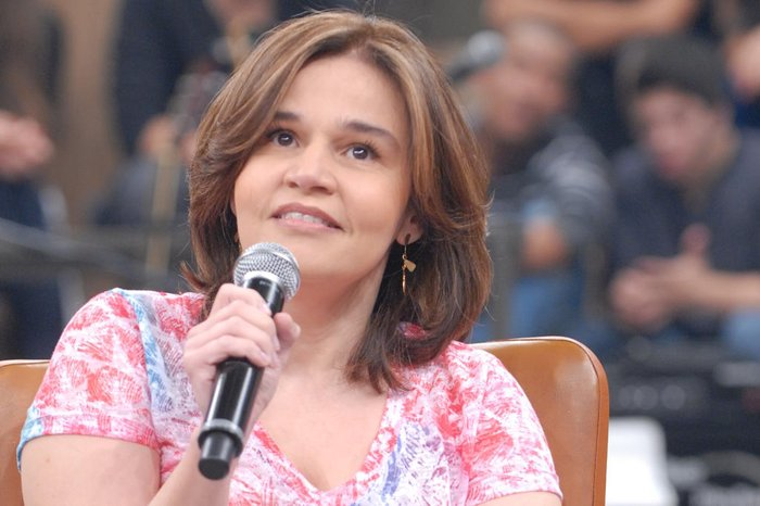 Claudia Rodrigues é internada em Curitiba após sentir fortes dores no corpo | GZH