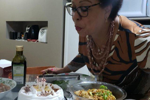 Seu Problema é Nosso, Maria da Graça Gomes Paiva, festa de aniversário, cestas básicas, campanha<!-- NICAID(14503259) -->