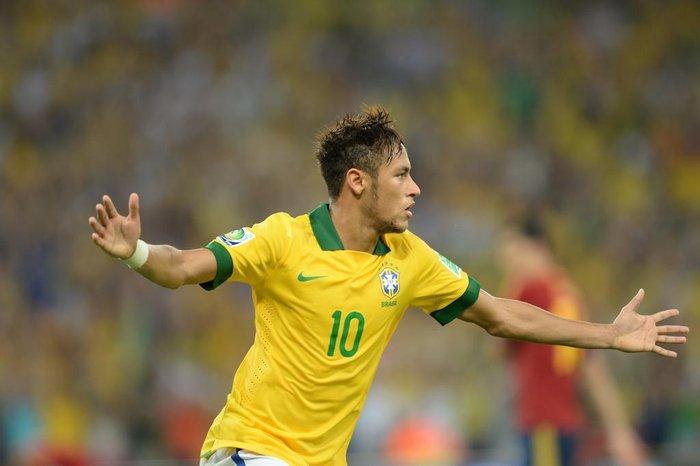 b6cc95715edf8 Craque do Barcelona marcou quatro gols na Copa das Confederações e foi  escolhido o melhor jogador da competiçãoVanderlei Almeida / AFP
