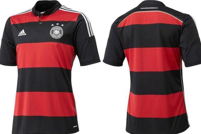 Divulgação   Adidas Camisa reserva da Alemanha é parecida ... bfe449dfe0123