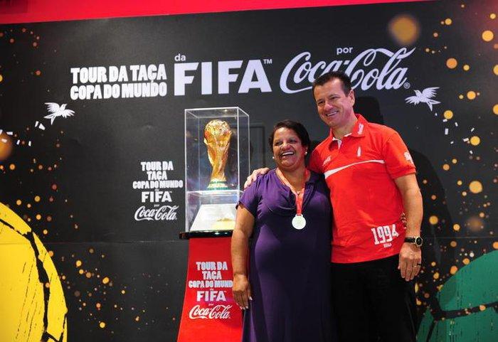 Taça ficará em exposição no Barra Shopping Sulfernando gomes   Agencia RBS 21793cadcf71d