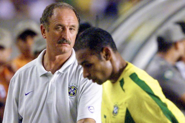 Jogador era o homem de confiança de Luiz Felipe ScolariVer Descrição   Ver  Descrição c03cd148534b0