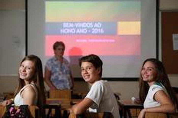 Ano letivo começa com estreia do 9º ano na maioria das escolas ... d2dbdbc0b4037