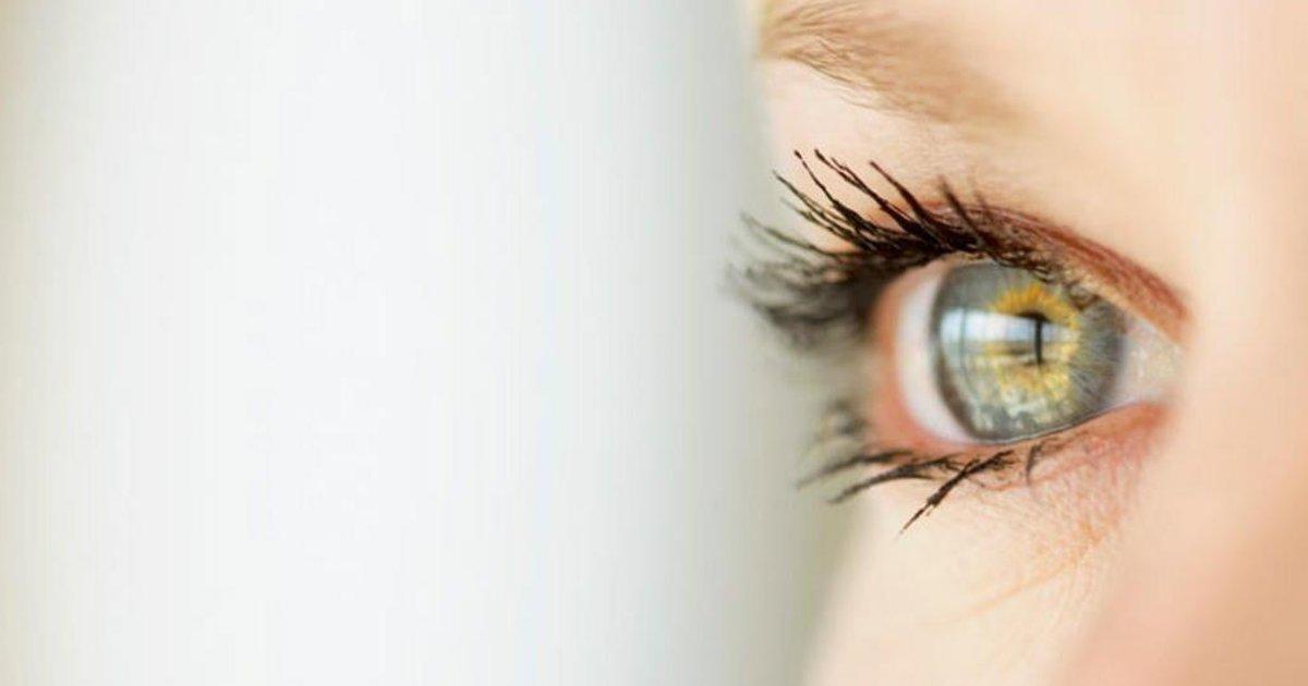 e702b86ac3305 Óculos de camelô prejudicam a visão  Veja mitos e verdades sobre a saúde  dos olhos