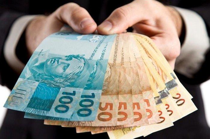 Caixa e BB devem oferecer empréstimo consignado com garantia do FGTS   GZH