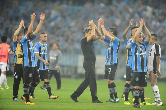 PORTO ALEGRE, RS, BRASIL, 20-09-2017. Grêmio joga contra o Botafogo na Arena pelas  quartas da Libertadores da América. (LAURO ALVES/AGÊNCIA RBS)