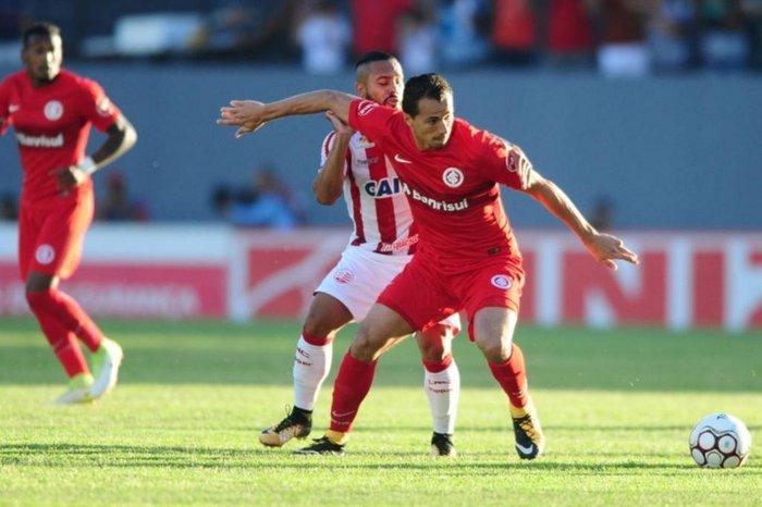 Náutico e Inter se enfrentam em Caruaru, pela Série B (Foto: Ricardo Duarte/Internaciona/Divulgação)