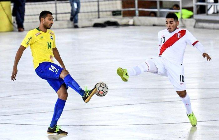 Brasil vence Peru na abertura da Liga Sul-Americana de Futsal  8d832fa115ada