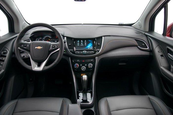 Chevrolet Tracker 2018 tem nova versão Premier e preços a ...