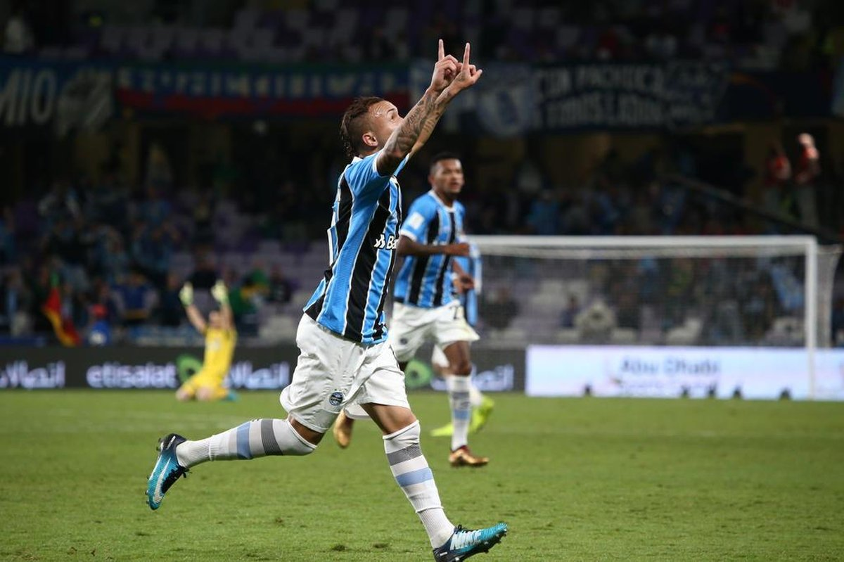 Ouça o gol de Everton que colocou o Grêmio na final do Mundial