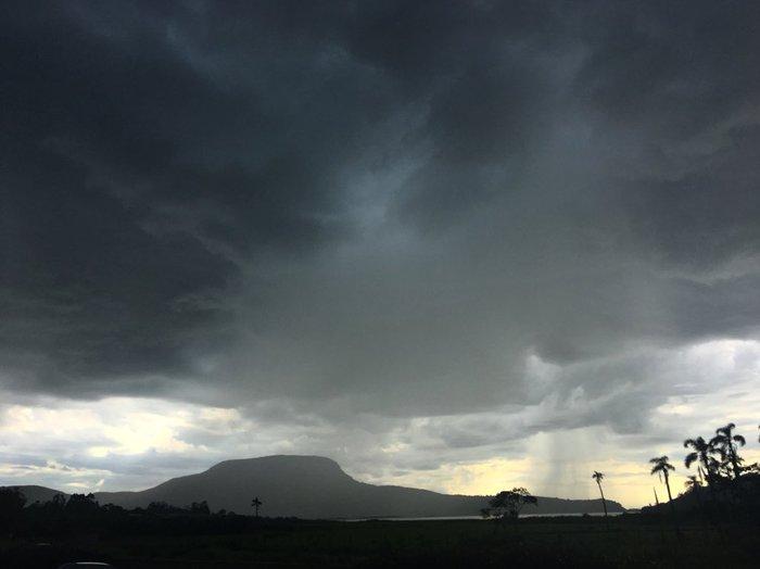 Resultado de imagem para fotos de chuvas fortes