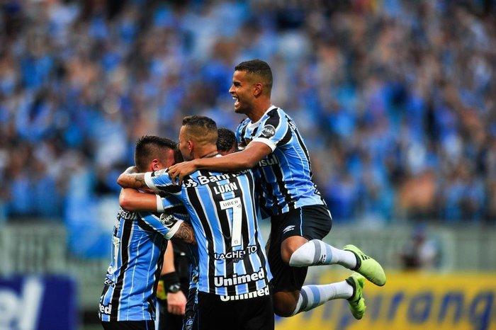 Grêmio está entre os 100 elencos mais valiosos do mundo  d63c4b4b9fbdb