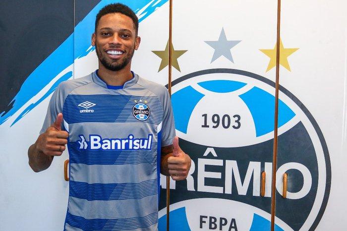 e0780416b9 Fim da novela  Grêmio anuncia a contratação de André