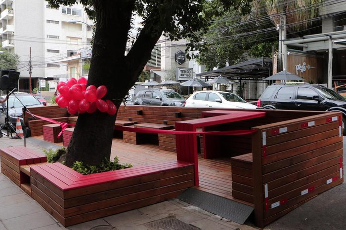 ee582214a66 Primeiro parklet licenciado de Porto Alegre é inaugurado no Moinhos ...