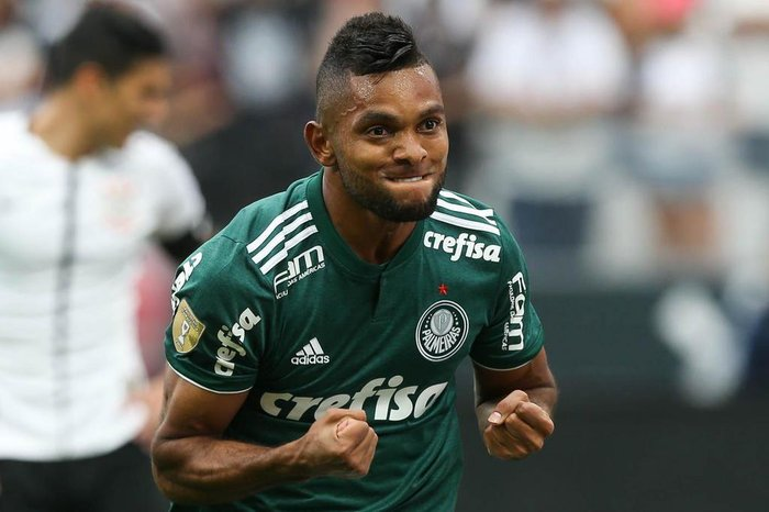 Palmeiras vence Corinthians por 1 a 0 e larga na frente na final do ... 8b6458a879f69