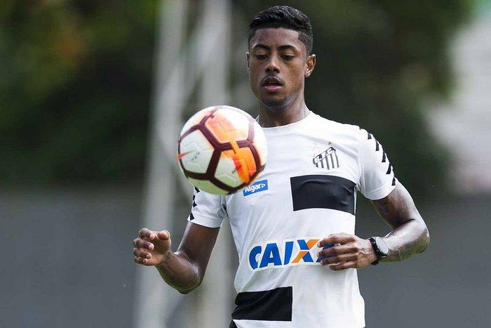 Lesão tira Bruno Henrique do Santos e retorno está marcado para jogo ... a2ea679286b48