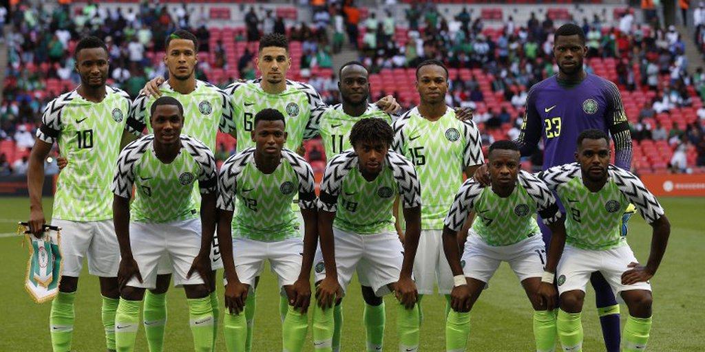 Favorita da Copa  Camisa da Nigéria bate recorde de vendas  8ca1388e1f7d4