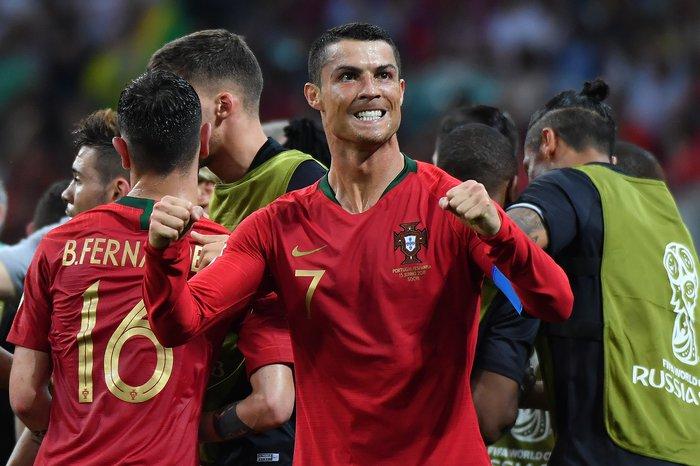 Com show de Cristiano Ronaldo d5d0fb8629ef9