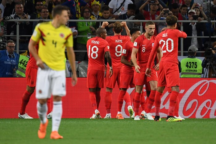 Resultado de imagem para INGLATERRA vence colombia
