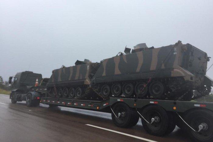 Resultado de imagem para exercicio de tanques do exercito brasileiro