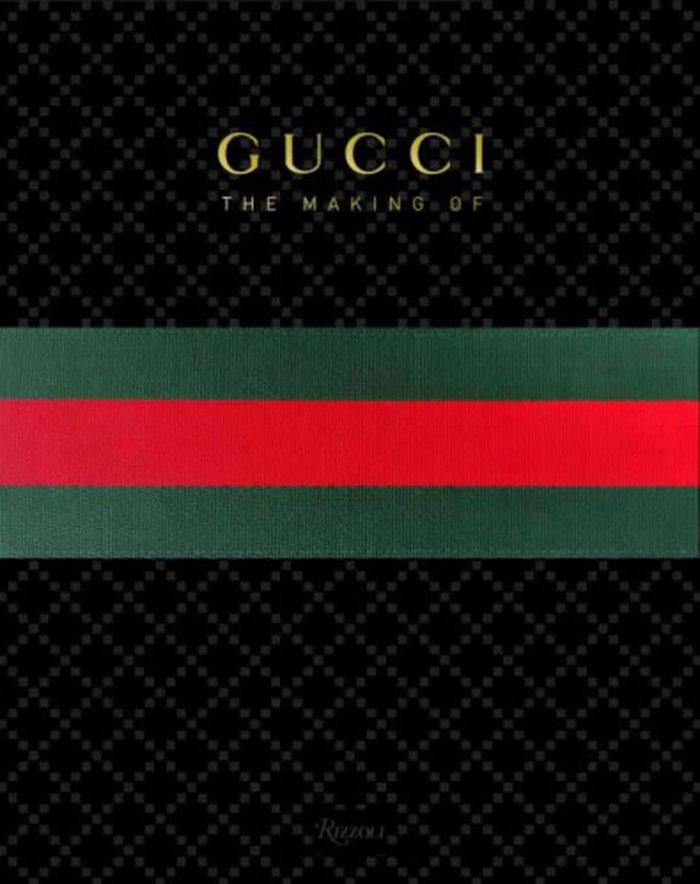 24c7d89c9 Editado pessoalmente pela ex-diretora criativa da grife, Frida Giannini,  este livro oferece um olhar profundo sobre as origens da Gucci, sua  identidade e as ...