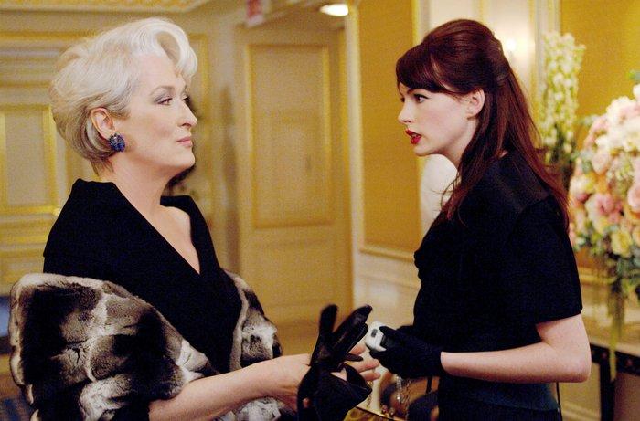 """Anne Hathaway sobre os 10 anos de """"O Diabo Veste Prada"""": """"Mudou ..."""