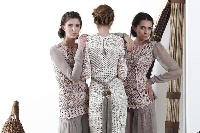 288675c5fa Em tempos de Festa da Uva, editorial mostra a moda produzida na região  serrana do Estado