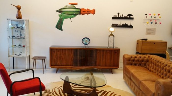 a240a9173 Observações: Além da loja online, a Desmobília conta com um showroom em São  Paulo, e já teve loja pop up em Porto Alegre. Vale conhecer pessoalmente!