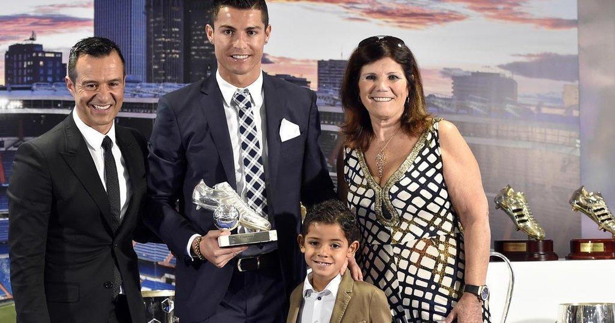 Quem é o empresário que fatura R$ 350 milhões por ano e é mais rico do que Messi e Cristiano Ronaldo