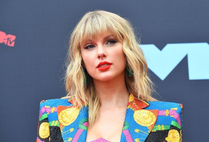 Taylor Swift diz que é proibida de cantar suas músicas antigas ...