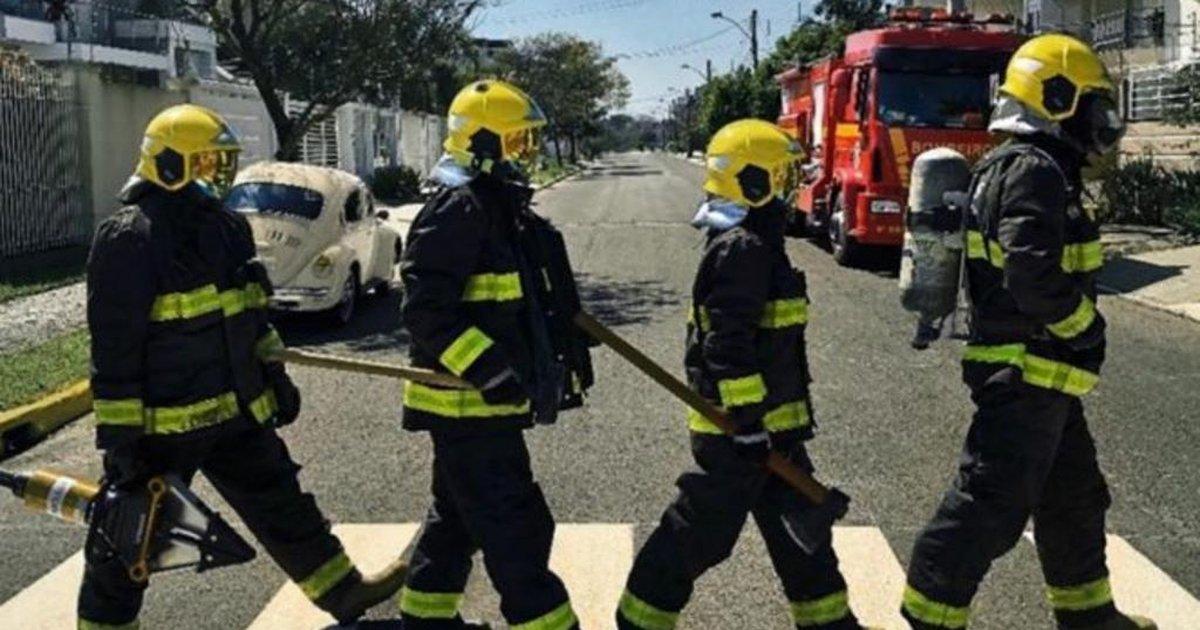 Comemorando 50 anos, bombeiros de Canoas recriam foto lendária dos Beatles - Zero Hora