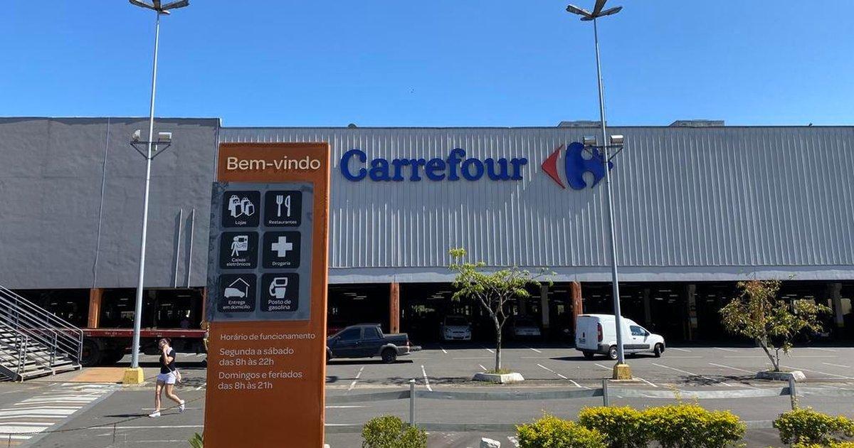 Carrefour anuncia que lojas não abrirão na manhã desta quinta-feira, sétimo dia da morte de João Alberto Freitas