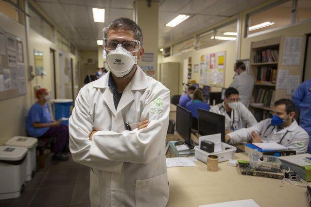 PORTO ALEGRE, RS, BRASIL - Teleatendimento cresce na pandemia e vira solução para atendimentos que deixaram de ser realizados, além do acompanhamento de pacientes em recuperação da Covid-19. Dr. Carlos André Aita, coordenador de TI do telessaúde.Indexador: Jeff Botega<!-- NICAID(14841529) -->