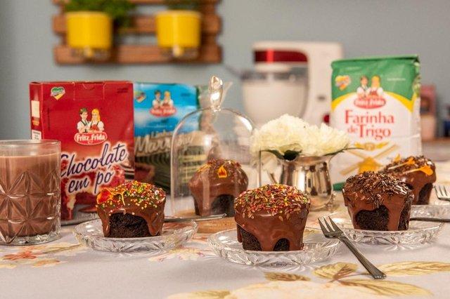 A chef Graciela Martins preparou um bolinho de chocolate com linhaça para celebrar o Dia das Crianças <!-- NICAID(14903566) -->
